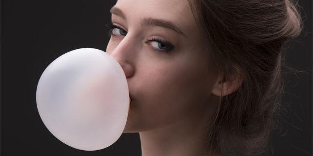 若者のガム離れが深刻化…見直したいガムの5つの健康効果とは