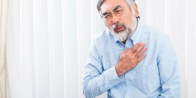 息苦しさは心身に深い関係がある…息苦しい時に注意したい病気