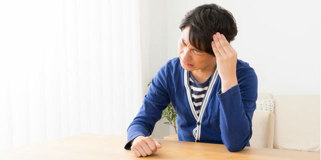 頻繁に発生するつらい片頭痛…痛くなる原因とすぐにできる治療方法