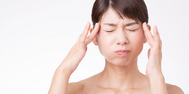 薬に頼りたくない…ツボ押しで辛い頭痛を解消しよう!
