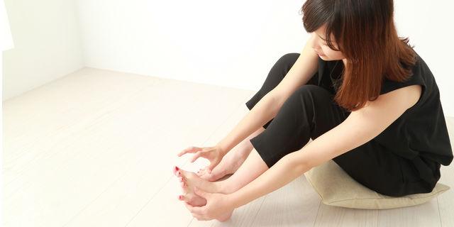 足の爪が臭いのは垢が原因だった!? 清潔にしたい足の正しいケア