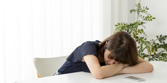 妊娠中の眠気はなぜ起こる? 妊娠初期、中期、後期それぞれの対策