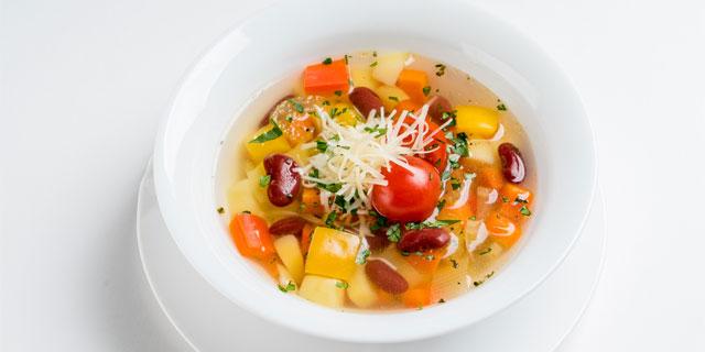野菜の出し汁ベジブロスが話題!野菜くずに含まれる豊富な栄養素を見逃さない