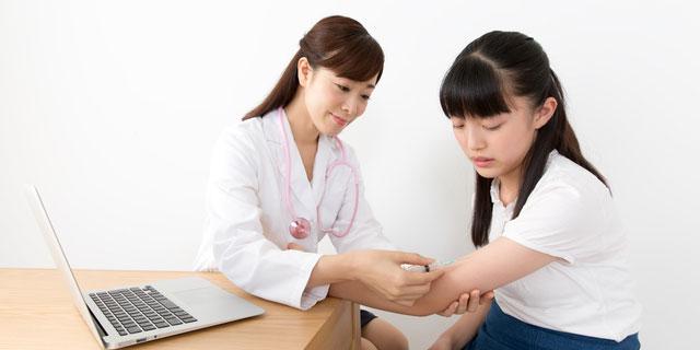 """インフルエンザ予防接種""""受けるor受けない""""問題 医師は実際どうなの?"""