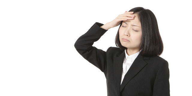 頭痛が右側だけ痛んだら要注意 痛みから判断する3つの頭痛