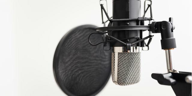 《浜崎あゆみ》急性気管支炎・急性咽喉頭炎で公演中止 歌手に多い症状とは?
