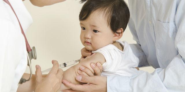 赤ちゃんに感染しやすいロタウイルス 正しい予防接種で感染防止
