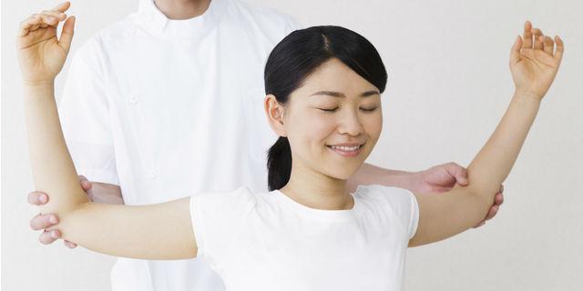 小林麻央さんも毎日継続中!乳がん手術後のリハビリ方法について