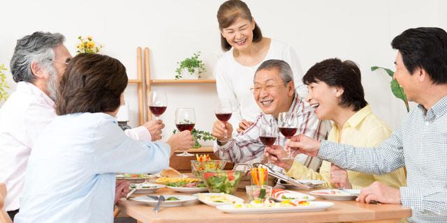 《生活不活発病》やることなく無気力な状態が続く…高齢者の方は要注意!