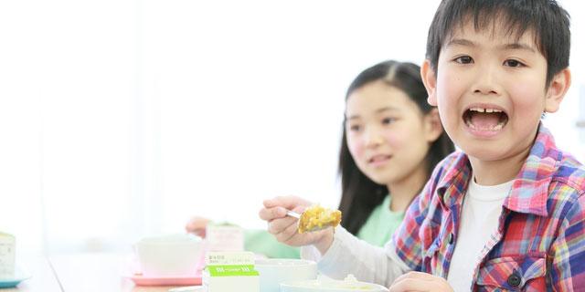 野菜価格高騰で給食が消える…?学校給食が抱える問題と今後の課題