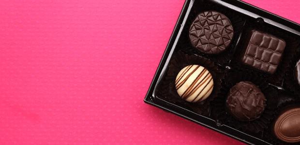 チョコをあげる人も、もらう人も知っておきたい! チョコって体に良いの? 悪いの?